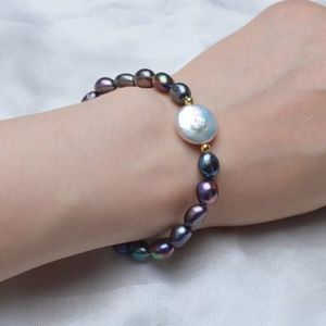Jewelry - Freshwater Baroque Button Pearl Bracelet